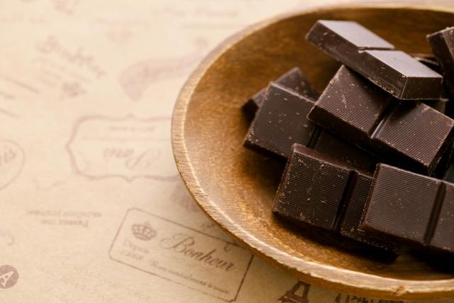 ダイエット効果が高いチョコレートの選び方|目安量や食べるタイミング